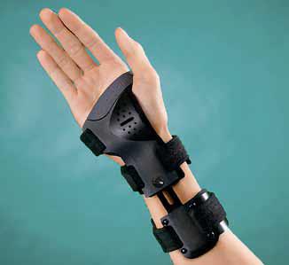 Sliding-Fit Wrist Brace